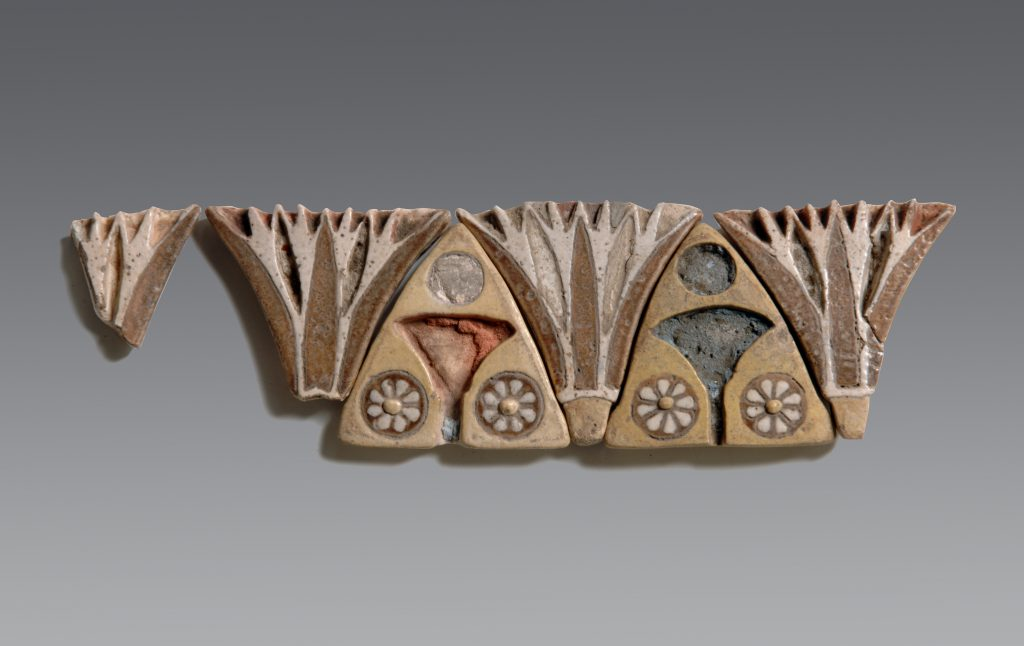 Lotus frieze from Heliopolis. H. 4.5 cm. Turin, Museo Egizio, S. 2762. Photo by Museo Egizio.